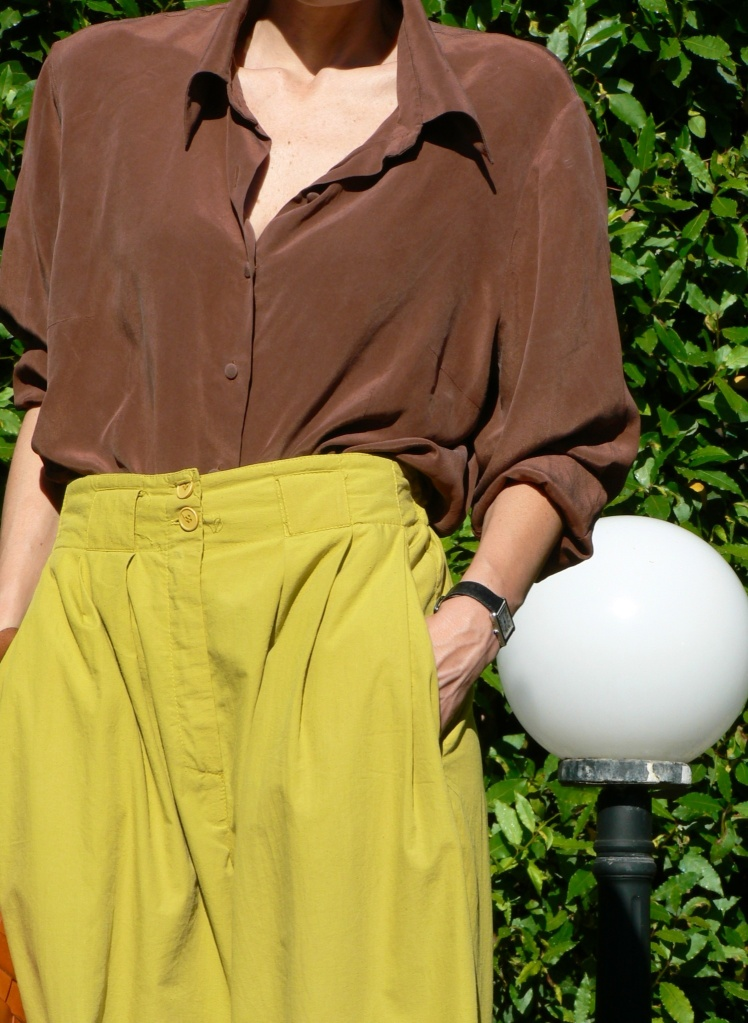 Max Mara pants, yellow pants, vintage shirt, brown shirt, yellow and brown, Prada, secchiello, Jeffrey Campbell, Espadrillas, Prada bag, vintage style, Anastasia, Florence, mys style, my daily style, cool look, new outfit, blogger, fashion blogger.