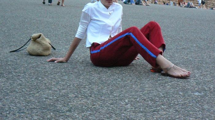White shirt, Red pants, trasparent sandals, bonprix bag, borsa di paglia, atletic pants, Zara, sales, Anastasia style, vintage style, Arezzo, my life , vintage, italian fashion blogger, street style, Florence, work outfit,