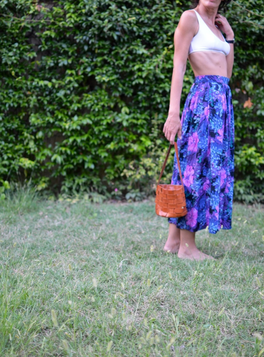 Long skirt, fantasy skirt, summer outfit, new outfit, dolce e gabbana top, bag, mini bag, Miu Miu bag, Anastasia, Florence, italian fashion blogger, vintage style, vintage outfit