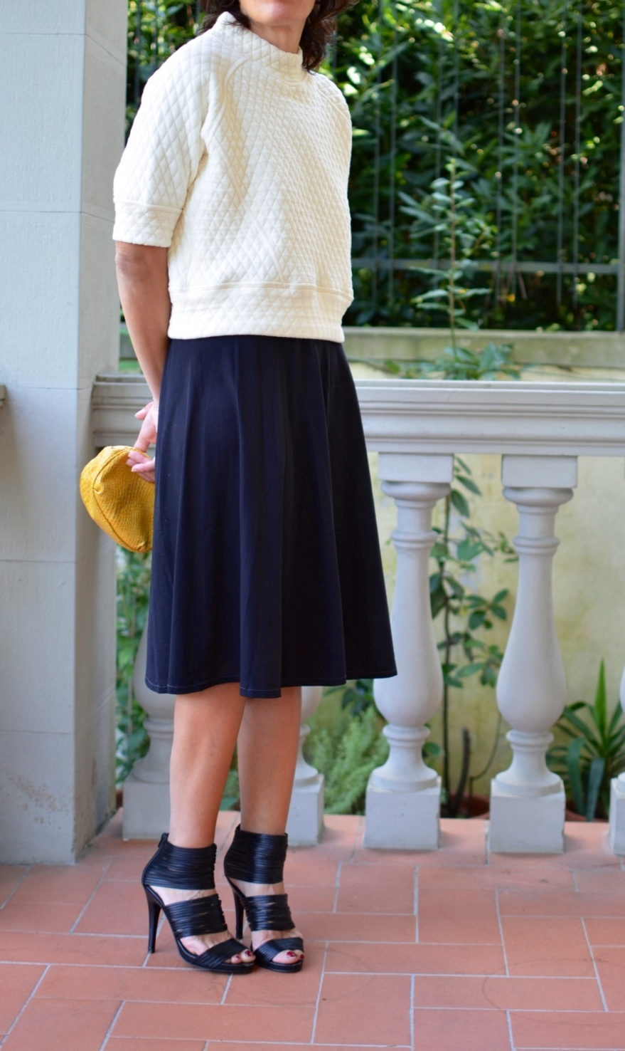 Vintage skirt, Zara sweater, Zara, Zara shoes, Stella  Mc Cartney bag, Anastasia style, Florence, look for a party, vintage style, vintage, mezza stagione,