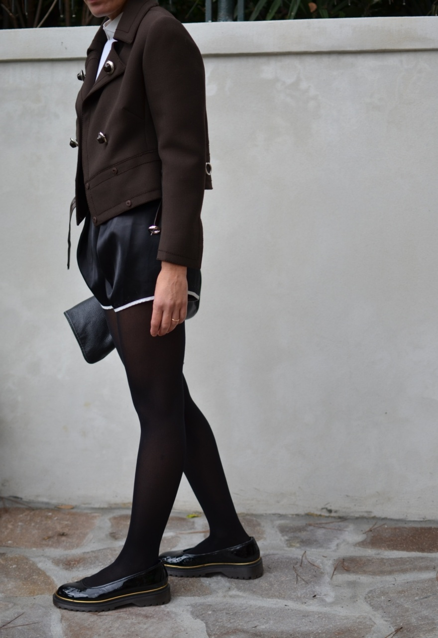 Vintage jacket, brown jacket, brown and black, Romwe, Romwe shorts, Marni shoes, vintage bag, Marni, black flats, the Mall, vintage francese, vintage blog, Anastasia style, florence, come riadattare una giacca vintage,