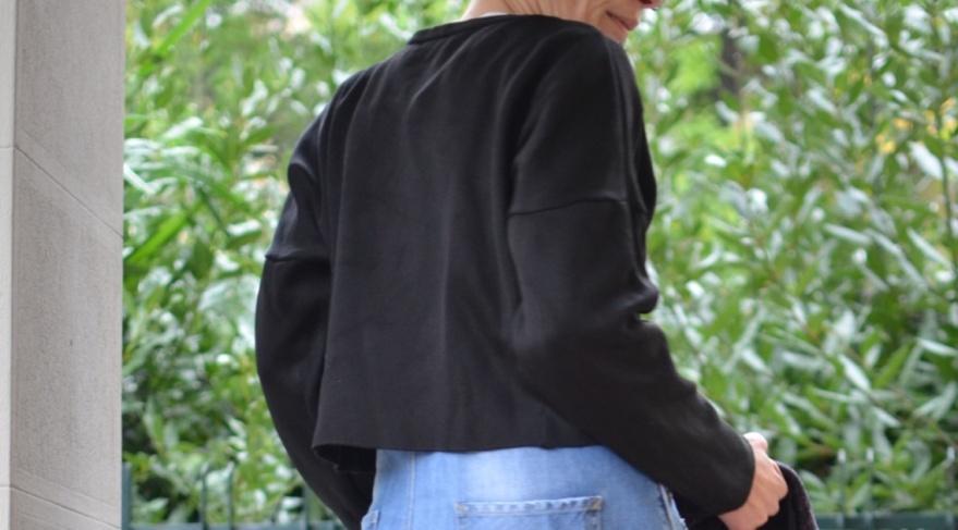 Zara sweater, Zara jeans, Zara salopette, vintage coat, black sweater, come indossare un maglione corto, maglione corto, H&M shoes, scarpe da uomo, casual look, cool outfit, Anastasia style, vintage style, italian fashion bloggere, vintage blog, vintage blogger.