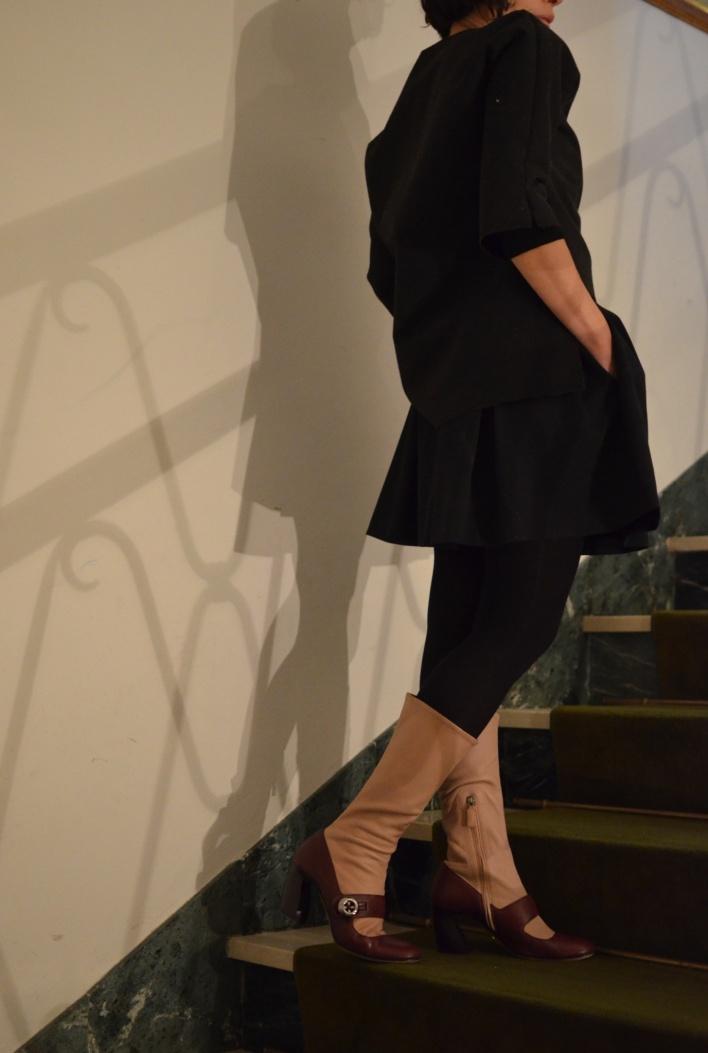 Mysouldress winter Collection, giacca handmade, Anastasia style, Zara skirt, black and black, Prada boots, Prada, Anastasia style italian fashion blogger, vintage blog, Florence, rosa, stivali rosa, neoprene,