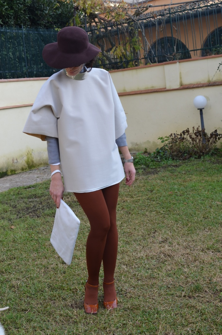 Neoprene, handmade, Stefanel coat, mysouldress winter Collection, BP sweater, cuocerai fiorentina bag, Emilio Cavallini socks, Anastasia style, vintage blog, oversize
