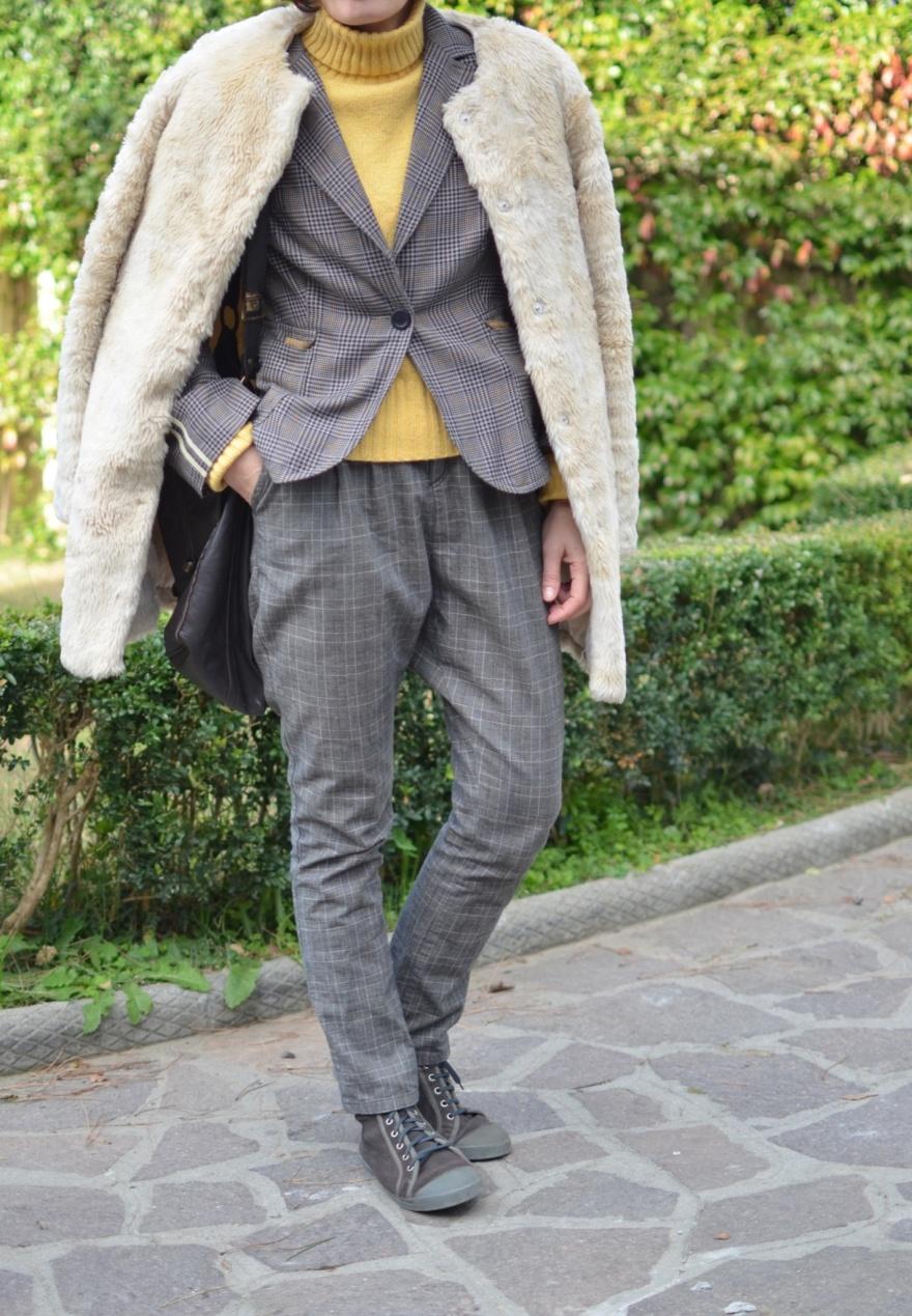 "<a href=""https://mysouldress.files.wordpress.com/2013/11/image83.jpg""><img src=""https://mysouldress.files.wordpress.com/2013/11/image83.jpg"" alt=""Vintage coat, blue oversize coat, grey jeans, H&M jeans, H&M boots, blue coat, principe coat, principe, Anastasia style, mysouldress,italian fashion blogger, fashion blog, vintage blog,"" width=""788"" height=""1254"" class=""alignnone size-full wp-image-4425"" /></a>"