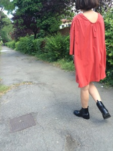 Mysouldress style, orange skirt, orange dress, cam,icione, black boots, zara boots, redressed, vitnage style, cheap outfit, cheap look, casual look, jasmine wall, Florence, Flroence street style, orange, summer dress, simple summer dress,